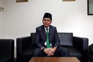 Oleh Soleh,  Emak-Emak Jawa Barat  Dukung Jokowi-Ma'ruf Bukan Prabowo-Sandiaga