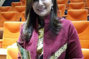 Melestarikan Kebudayaan Cirebon Lewat Batik Laksmi