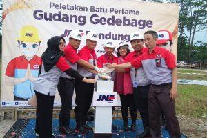Volume Pengiriman Meningkat, JNE Bangun Station Baru di Bandung