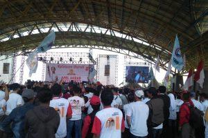 Jokowi Janji Didepan Buruh Akan Revisi PP Pengupahan dan Bantu Buruh Migran