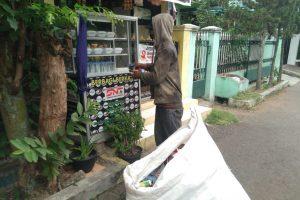 Nasi Gratis Dudy, Penolong Warga Jabar yang Kelaparan
