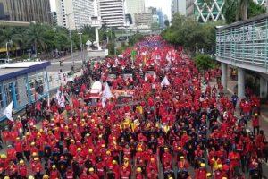 Dibalik Masalah Pemecatan Mirah Sumirat Presiden Serikat Karyawan PT JLJ