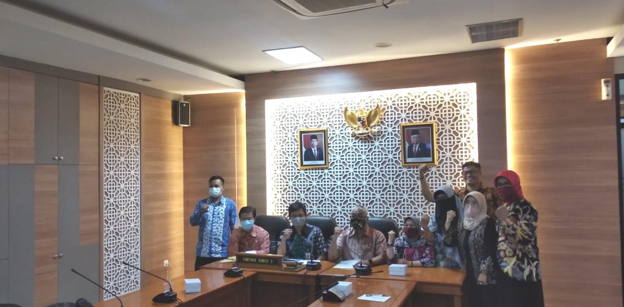 Komisi V DPRD Jabar Minta Guru Honorer Diangkat Jadi PPPK
