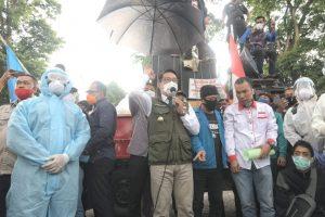 Motif Dibalik Surat Penolakan UU Cilaka Ridwan Kamil