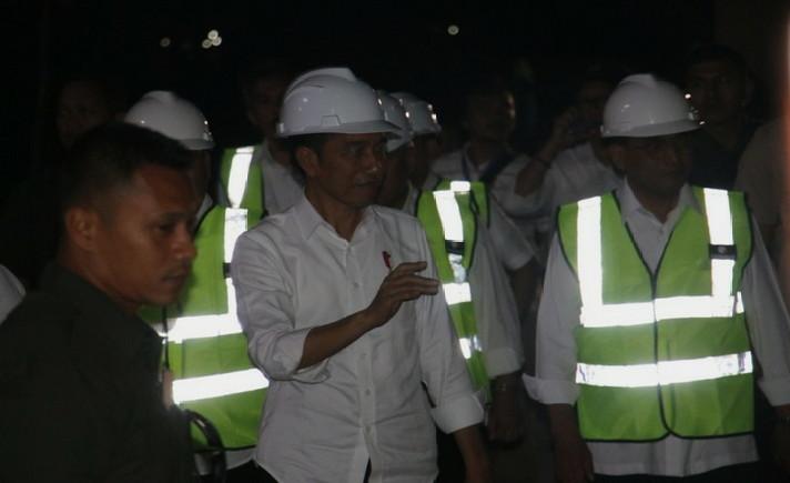 Kasus Covid-19 Masih Tinggi, Jokowi Ingatkan Sinergi TNI-Polri