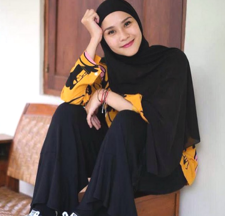 Zaskia Adya Mecca Trending di Twitter Gara-Gara Toa Masjid, Ada Apa Ya?