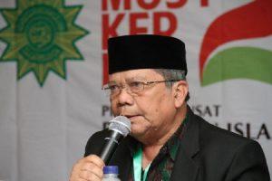 Ramadhan Karim, Bolehkah Menggendong Anak Saat Salat Tarawih?