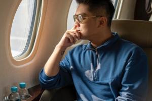 Boy Wiliam Sindir Artis Pamer Foto Jet Pribadi, Kenapa?