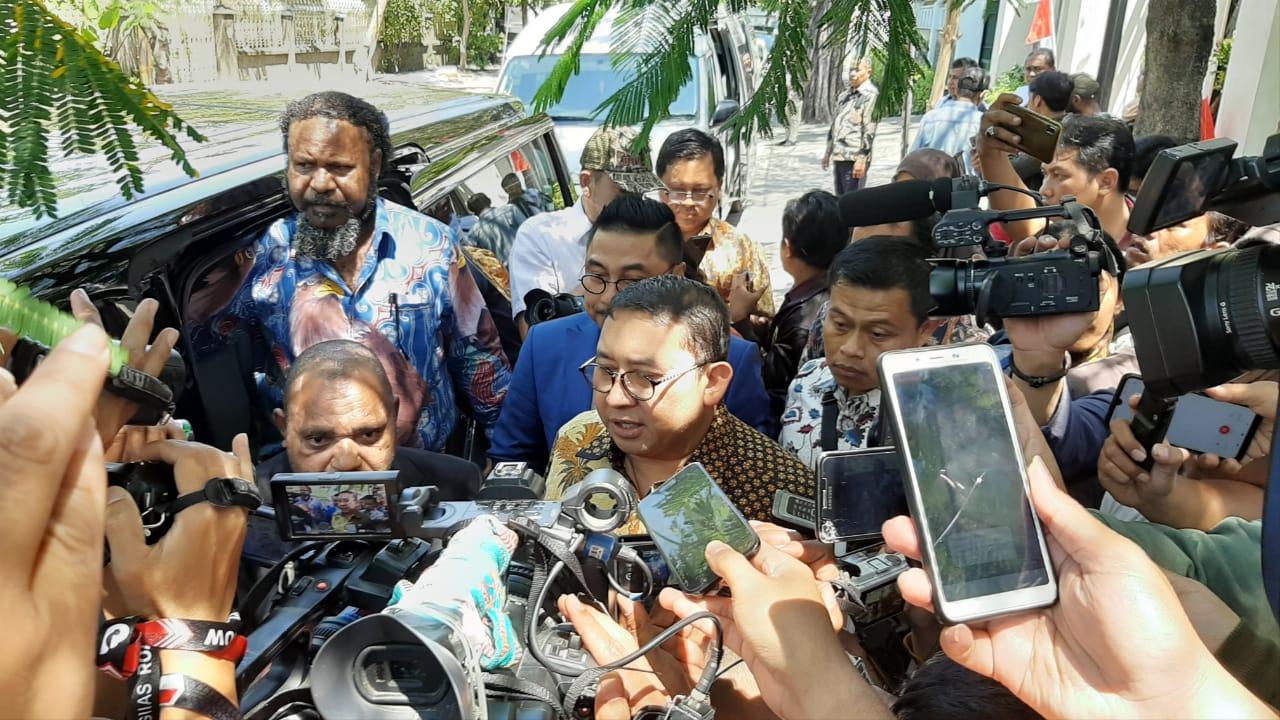 Munarman Ditangkap, Fadli Zon Trending